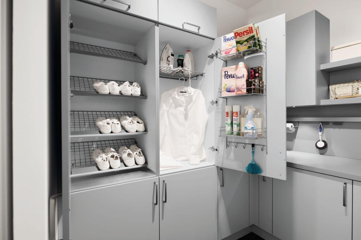 Garderoba, szafa na wymiar, czy zabudowa szaf to dzisiaj codzienność. Sprawdź nasze propozycje.